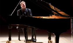 16e festival d'automne de Saint-Tropez : Jonas VITAUD (piano)