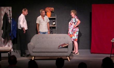 5e festival de théâtre : L'huissier sonne toujours trois fois