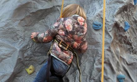 Noël à Saint-Tropez : le mur d'escalade