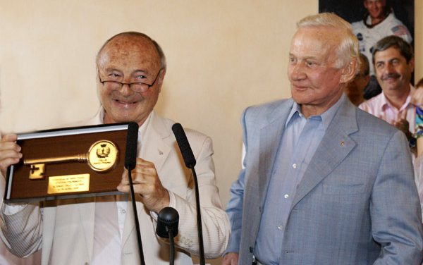 Hommage à Buzz Aldrin, le 29 juillet 2009