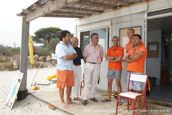 Image 1 - Visite aux nageurs-sauveteurs sur les plages tropéziennes