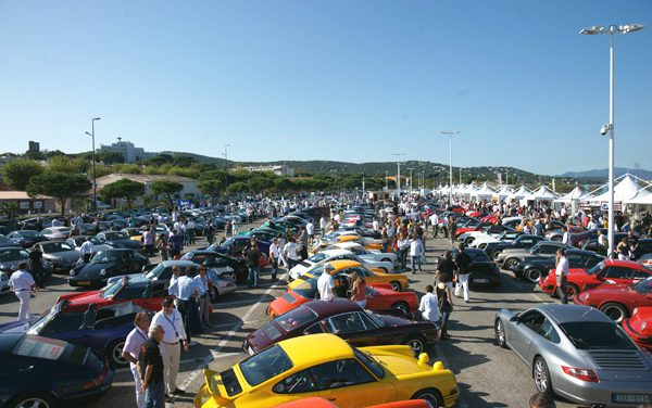 Saint-Tropez, paradis des Porsche 2009
