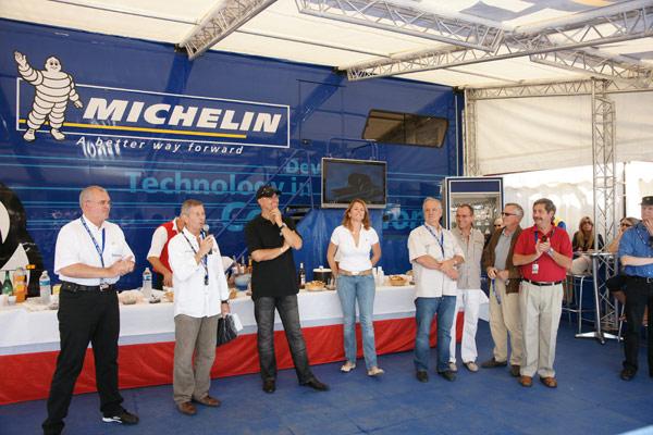 Image 1 - Saint-Tropez, paradis des Porsche