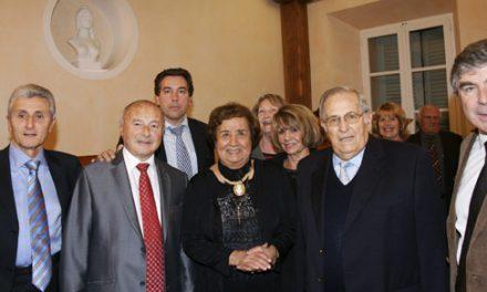 La municipalité honore Josette Bain