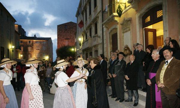 Image 1 - La municipalité honore Josette Bain