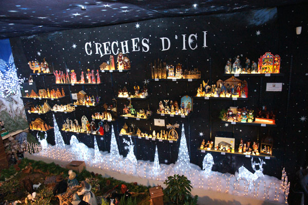 Image 1 - Une magnifique crèche de Noël au lavoir Vasserot