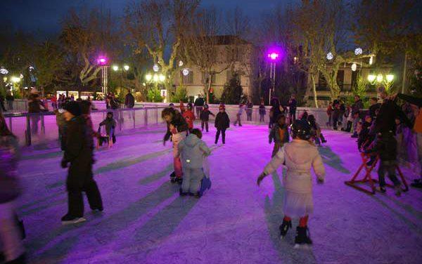 Noël 2009 à Saint-Tropez : la patinoire