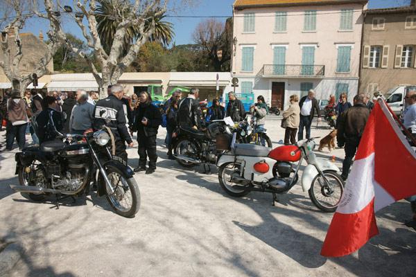 Image 1 - Rétropézien : les passionnés de motos anciennes
