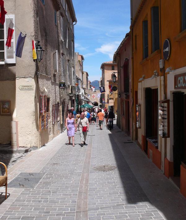 Image 1 - Inaugurations marché aux poissons, vieille ville et 1 rue de la Ponche
