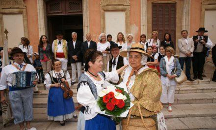 La fête folklorique des Bravades 2010 au rythme des danses provençales
