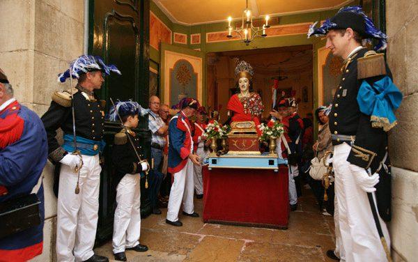 Bravades des Espagnols 2010 : fidèles à la tradition