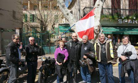 Les motos de collection au rendez-vous «rétropézien»