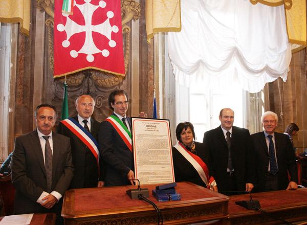 Image 1 - Bravadeurs et élus en pèlerinage à Pise