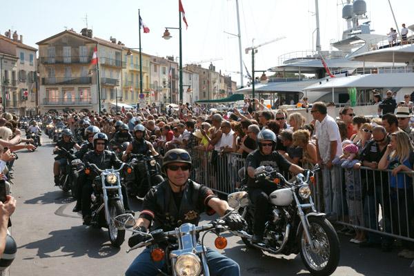 Image 1 - Plus de 2000 Harley en parade à Saint-Tropez