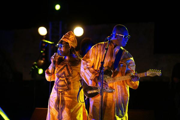 Image 1 - La soirée de l'Afrique brave le mistral