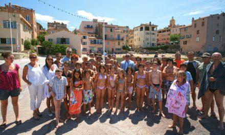 Challenge Fourquet : les enfants du CLJ dans les vagues