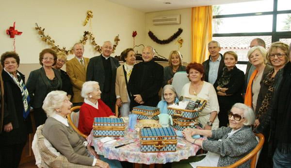 Image 1 - Le père Noël est passé chez les aînés