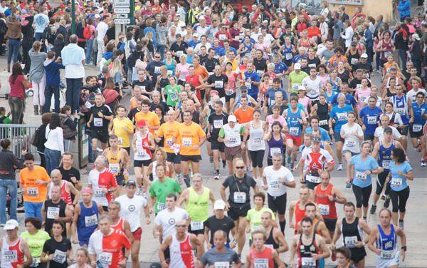 1 350 coureurs à la Saint-Tropez classic