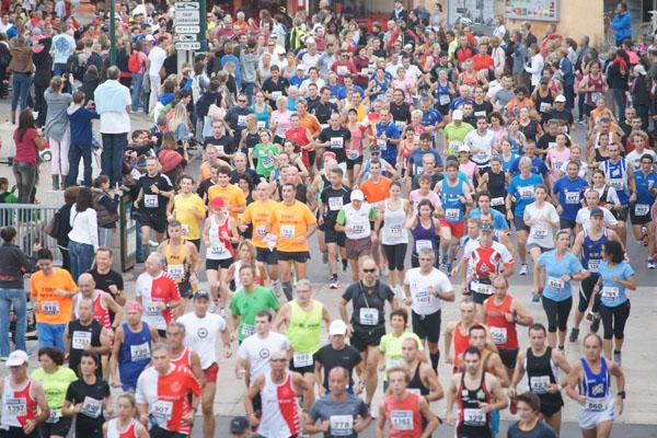 Les 1350 coureurs au départ de la 29e édition de la Saint-tropez Classic