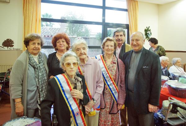 Odette couronnée Miss Platanes 2012