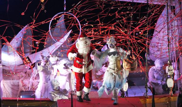 Image 4 - Le Père Noël est arrivé à bon port