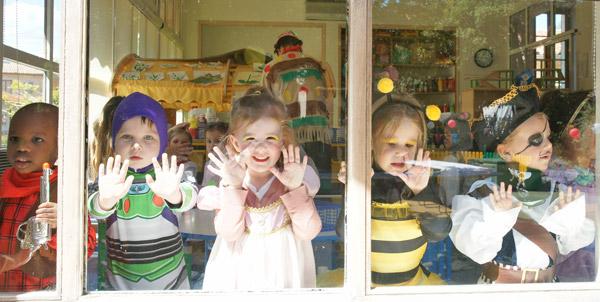 Les enfants ont fêté carnaval et le printemps