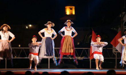 La fête folklorique des Bravades 2012 en images