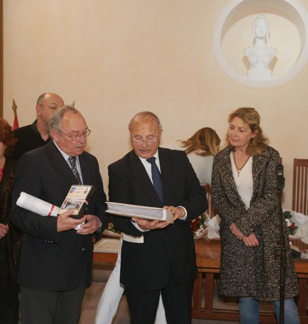 L'état-major de la Bravade 2012 honoré