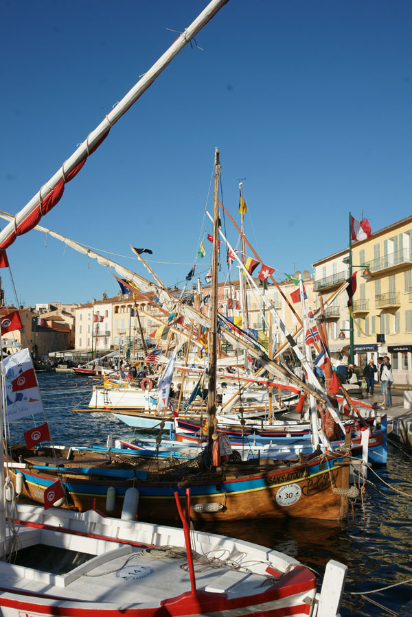 Une soixantaine de bateaux ont participé à cette 13e édition des Voiles latines à Saint-Tropez