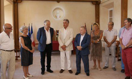 L'ambassadeur d'Arménie reçu à l'hôtel de ville