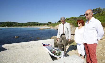 La municipalité rend hommage à Emile Ollivier