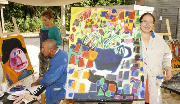 """Les artistes au travail lors de """"Art et Handicap"""" 2013"""