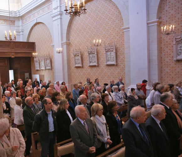 Messe arménienne à la chapelle du couvent célébré par le père Boghossian en présence de Mgr Michel Hayes