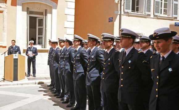 Image 4 - L'Ecole de l'air « fait le mur » à Saint-Tropez