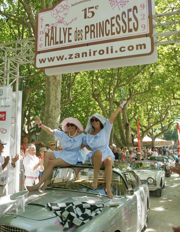 Image 5 - Rallye : 180 princesses à l'arrivée de Saint-Tropez