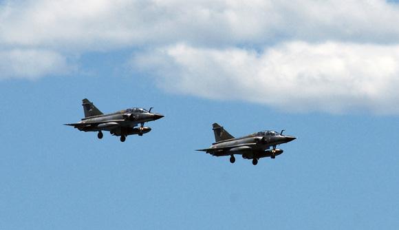 Une démonstration très spectaculaire : les Mirage 2000 de la formation Ramex Delta.