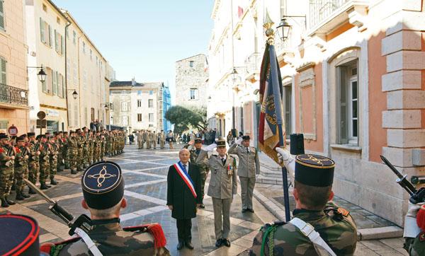 Saint-Tropez accueille la passation de commandement du 3e Rama de Canjuers