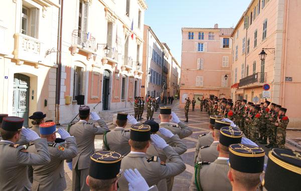 Image 2 - Saint-Tropez accueille la passation de commandement du 3e Rama de Canjuers