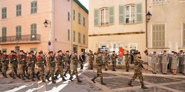 Image 6 - Saint-Tropez accueille la passation de commandement du 3e Rama de Canjuers