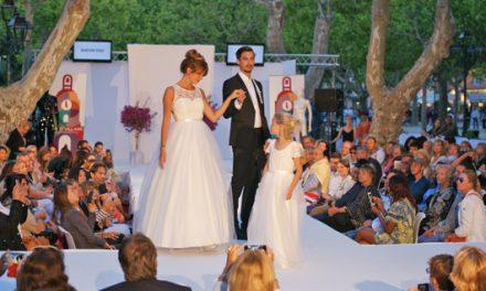 Esprit village fait défiler la mode à Saint-Tropez