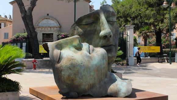 Image 2 - Sculptures : les figures mythiques et géantes d'Igor Mitoraj