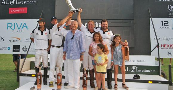 Image 8 - L'International Polo Cup défile sur le port