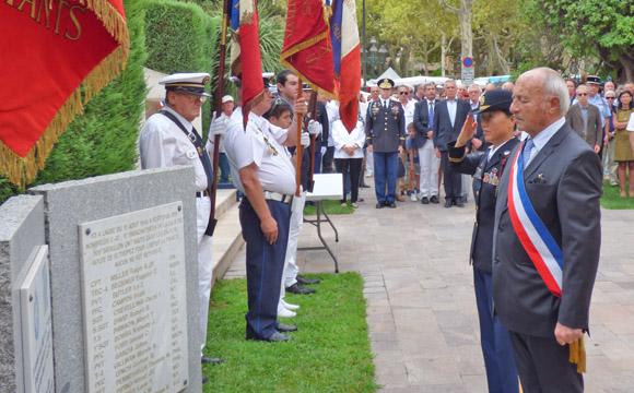Image 3 - 15 août : retour en images sur le 71e anniversaire du débarquement en Provence