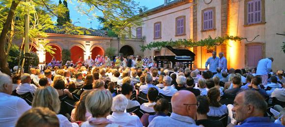Image 3 - 3.150 spectateurs aux Nuits du château de la Moutte