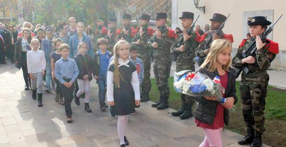 Image 9 - 11 novembre : « La paix se mérite et ne peut se construire qu'ensemble »