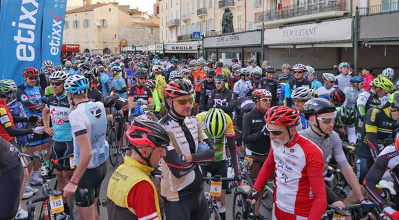 Image 2 - Granfondo : 1 000 vélos sur le vieux port
