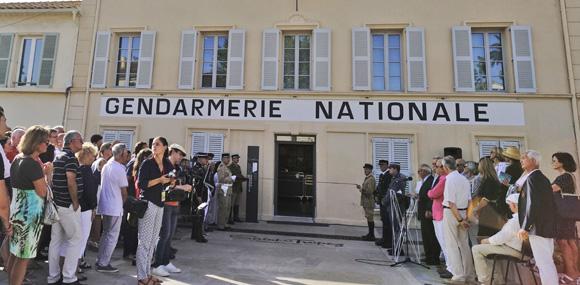 Image 2 - Inauguration de la place Blanqui et première visite officielle du musée de la Gendarmerie et du Cinéma de Saint-Tropez