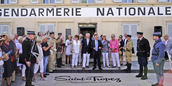 Image 3 - Inauguration de la place Blanqui et première visite officielle du musée de la Gendarmerie et du Cinéma de Saint-Tropez