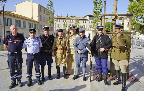 Image 4 - Inauguration de la place Blanqui et première visite officielle du musée de la Gendarmerie et du Cinéma de Saint-Tropez