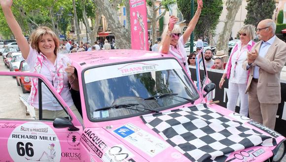 Image 4 - Le Rallye des Princesses est arrivé  à Saint-Tropez